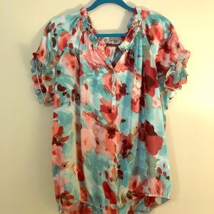 Floral Blouse with elastic hem